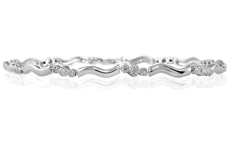 1/4 Carat TW Three Stone Diamond Bracelet in 14k White Gold