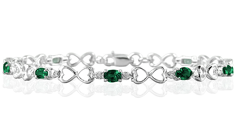 10k White Gold Emerald and Diamond Heart Link Bracelet